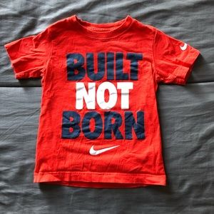 Nike Tee Size XS (3 to 4 yr old)
